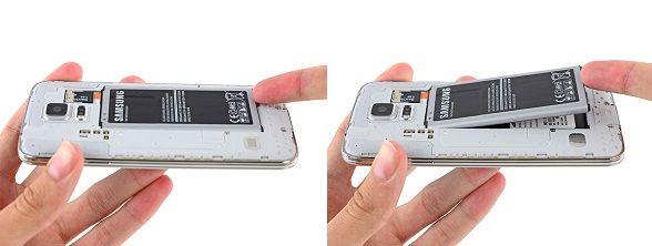 1. Der er en fordybning i nederste højre hjørne af telefonens batteri. Tryk et plaståbningsværktøj ind i fordybningen eller brug en negl til at løfte batteriet op.
