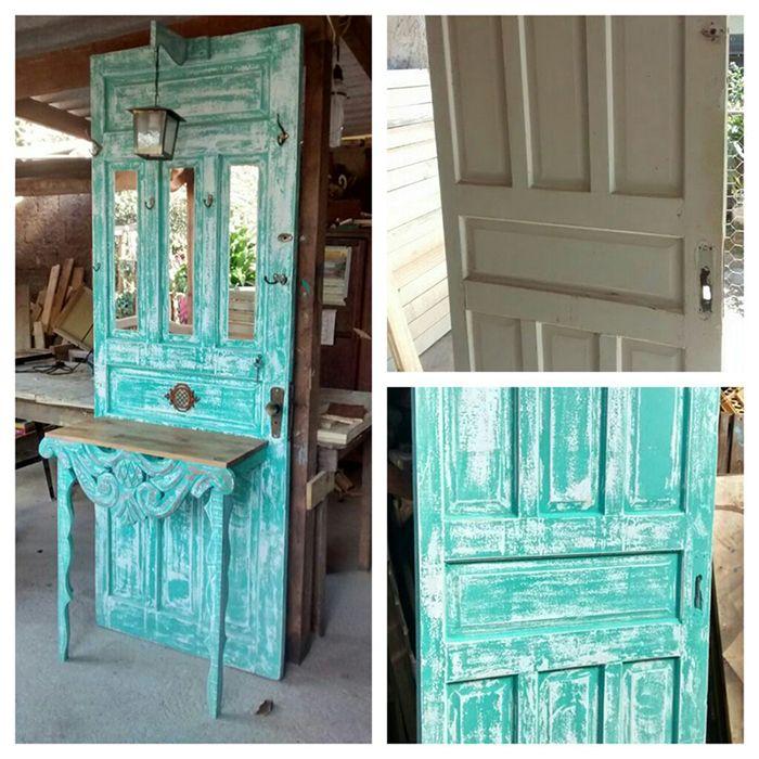 Galeria do Leitor - DIY (Do it yourself - Faça você mesmo) Aparador feito com porta antiga.