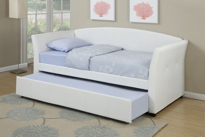 White Upholstered Daybed With Trundle