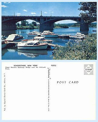 Boats  Mohawk River Great Western Gateway Bridge Schenectady New York  Postcard