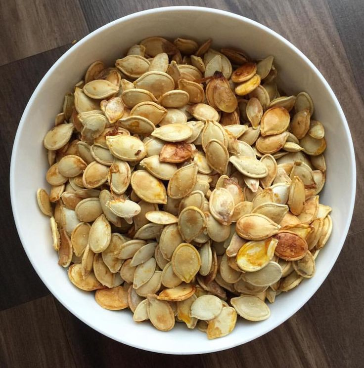 Perfectly Toasted Pumpkin Seeds: the trick? Boil them before roasting!