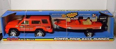 NOS NYLINT #1235 Power Prop Bass Runner Steel Truck and Boat Mercury Motor USA - http://hobbies-toys.goshoppins.com/diecast-toy-vehicles/nos-nylint-1235-power-prop-bass-runner-steel-truck-and-boat-mercury-motor-usa/
