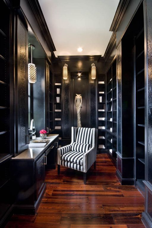 Black Stunning #Closet with Dressing table