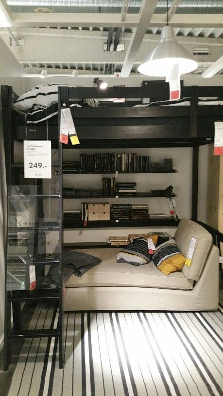 Ikea Hochbett in 2020 Kleine wohnung schlafzimmer