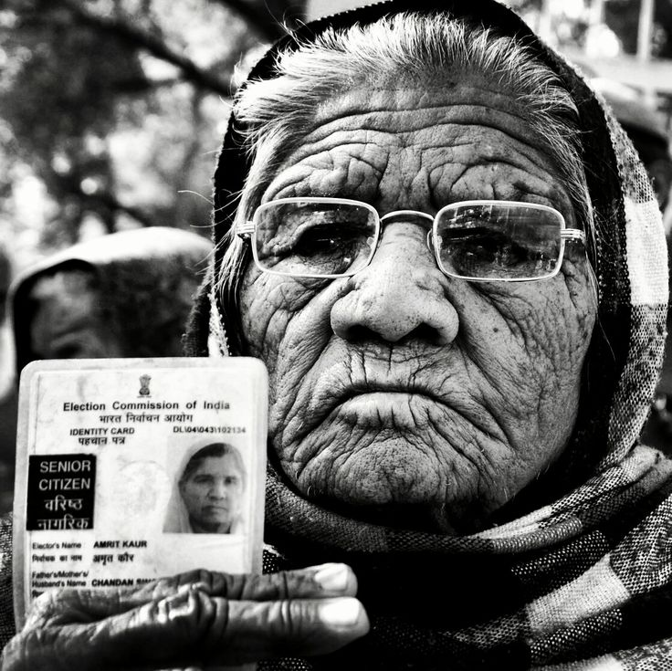 When Age and Wrinkles are no barrier against your Right,,, Amrit Kaur age 85 An Old Woman cast her Vote during the Delhi Sikh Gurdwara Management Committee Elections at Vivek Vihar in Delhi on Sunday. #everydayeverywhere #indiapitctures #indiastories #india_gram #delhigram #delhiinsta #instagram #delhiwale #freetown #lbbdelhi #photooftheday #igphotoworld #ifoundawesome #sodelhi #delhihai #dfordelhi #delhiites #sikhism #elections #humanrights #wrinkles #deepthoughts #magnum #dsgmc #newdelhi .