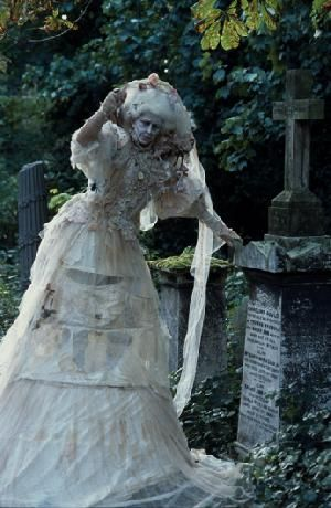 Catrin Osborne as Miss Havisham