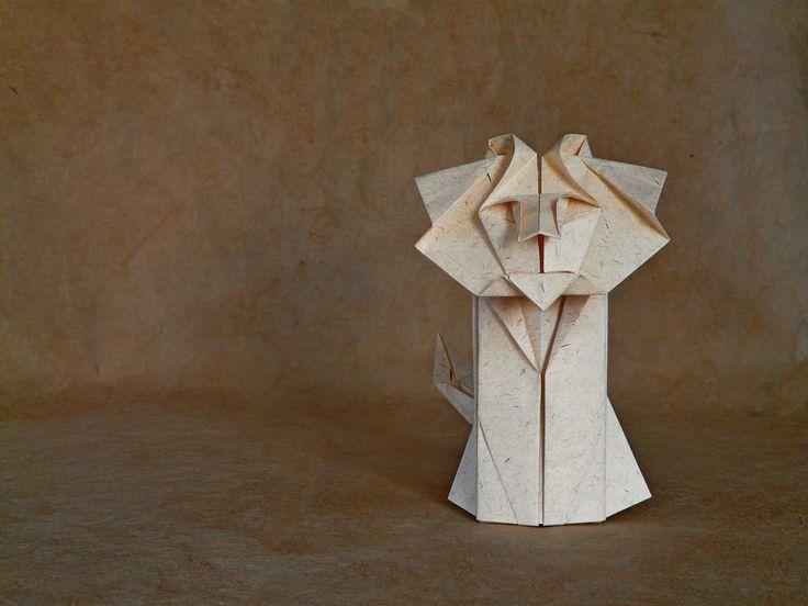 Lion by Shunichi Ashimura by Andrea Borsa