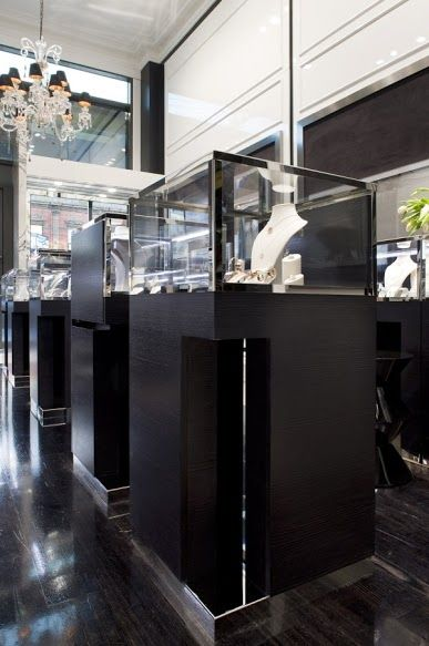 NAV Enviroven™ veneer in Licora rift Qtr Cut jewellery store display