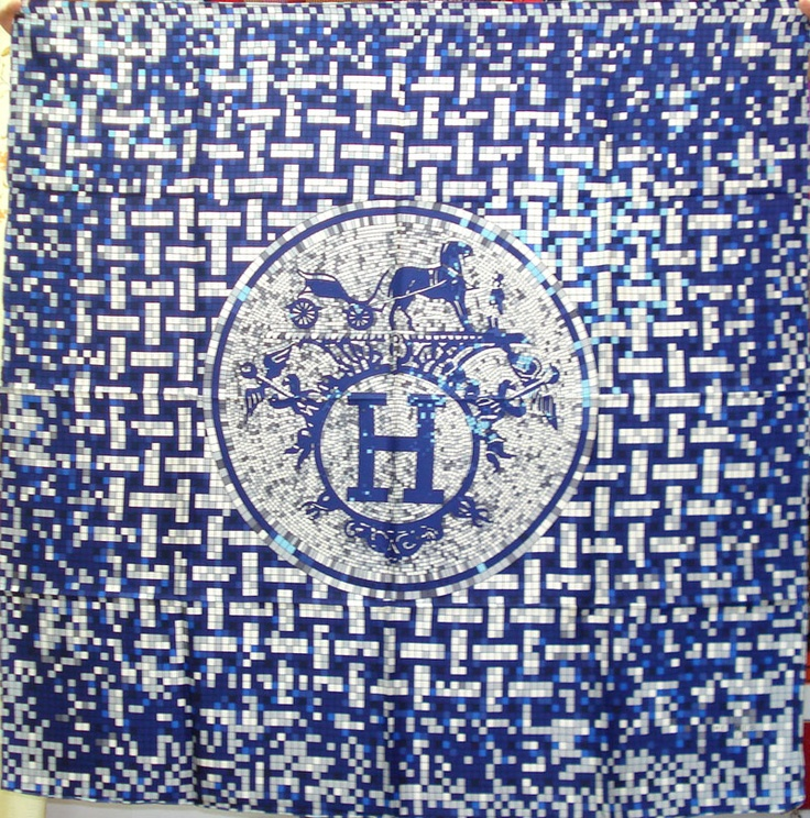 Hermes scarf blue & white                                                                                                                                                                                 Mais