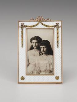 Faberge frame - Maria and Anastasia