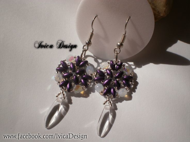 Lily beaded earrings <3 Follow me on my Facebook page:https://www.facebook.com/IvicaDesign/ Buy my bead jewelrys on:https://porteka.com/hu/ivica#