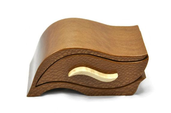 Mothers Day Gifts, Great Ideas For Mom ~ find great ideas for mom at Artistry In Woodworking. We have unique Mothers Day gifts.