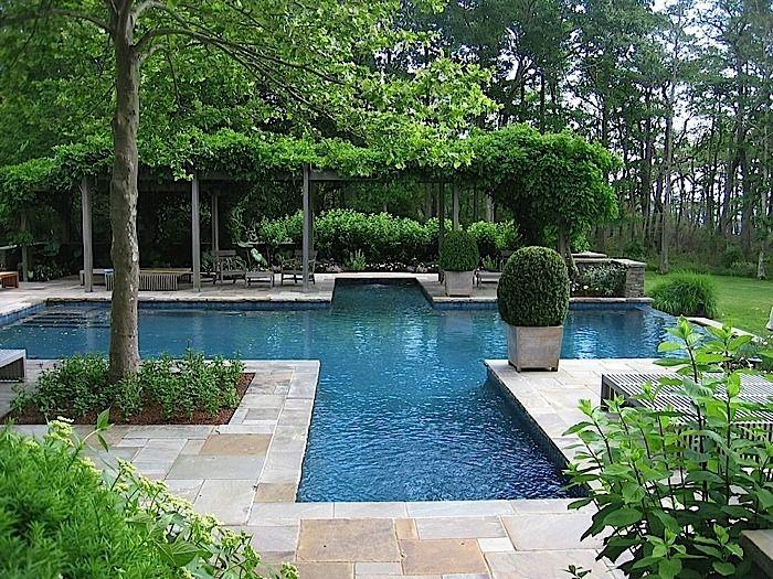 une piscine originale piscine jardin avec piscine. Black Bedroom Furniture Sets. Home Design Ideas