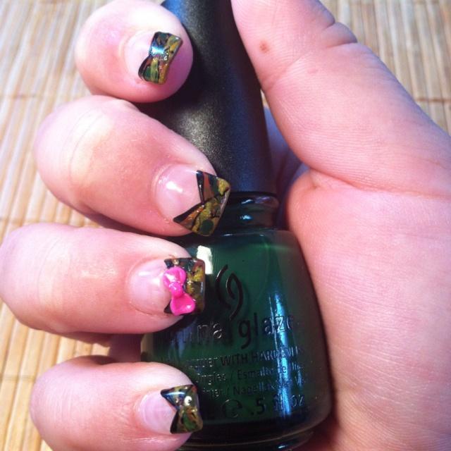 Girly Camo Nails