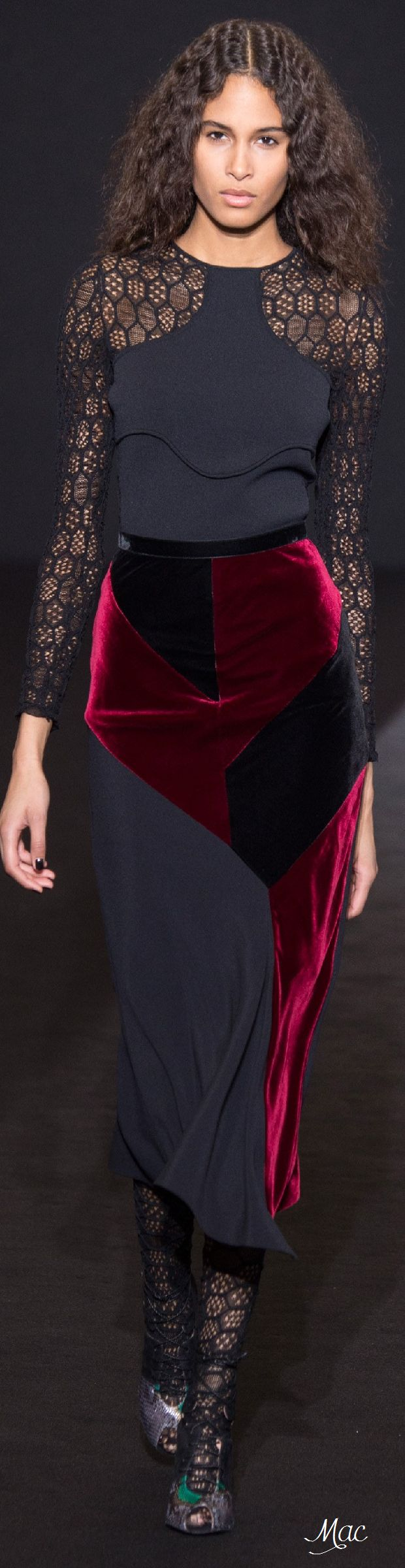 Fall 2016 Ready-to-Wear Roland Mouret