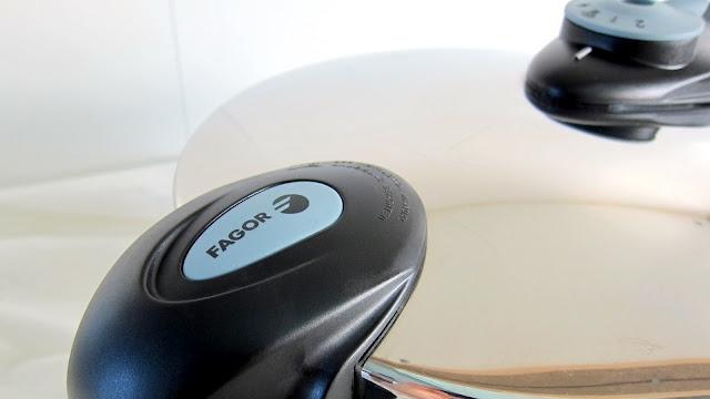 Pressure Cooker Review: Fagor Futuro - Extra-wide base that's great for roasts, but low energy efficiency.