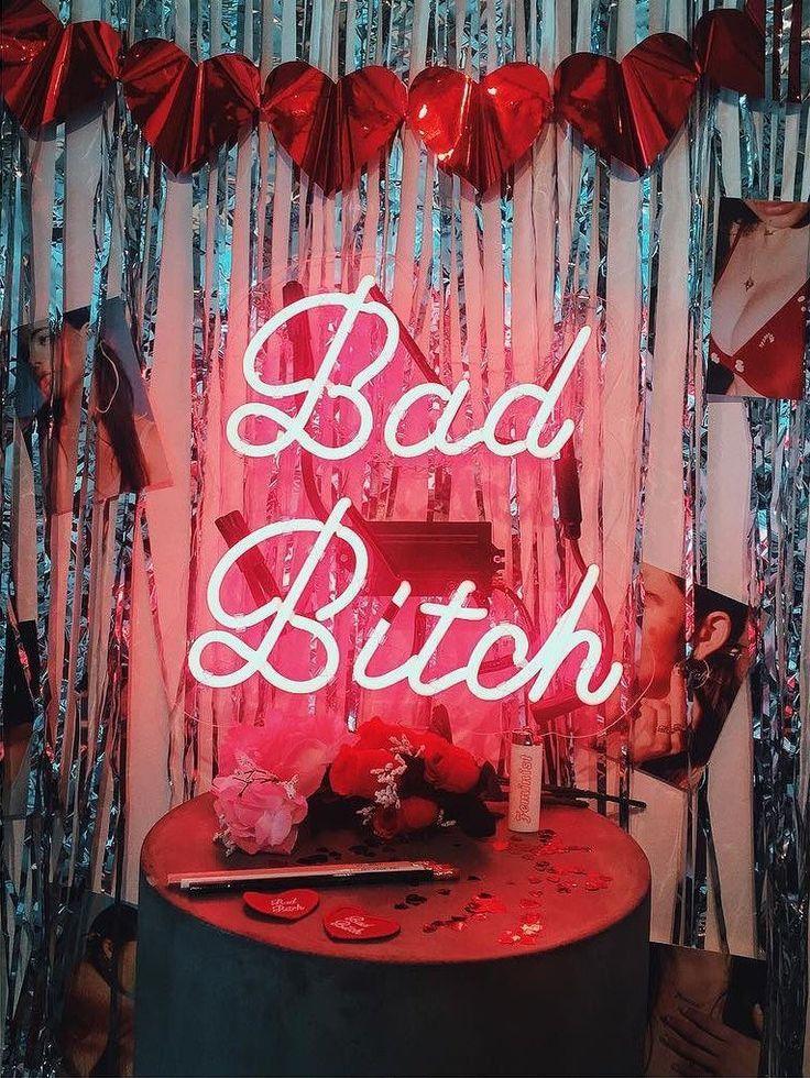 Bad bitch neon sign,Bad bitch led sign,Bad bitch wall decor,Neon sign bedroom,Led neon sign wall decor,Neon light sign for wall decor