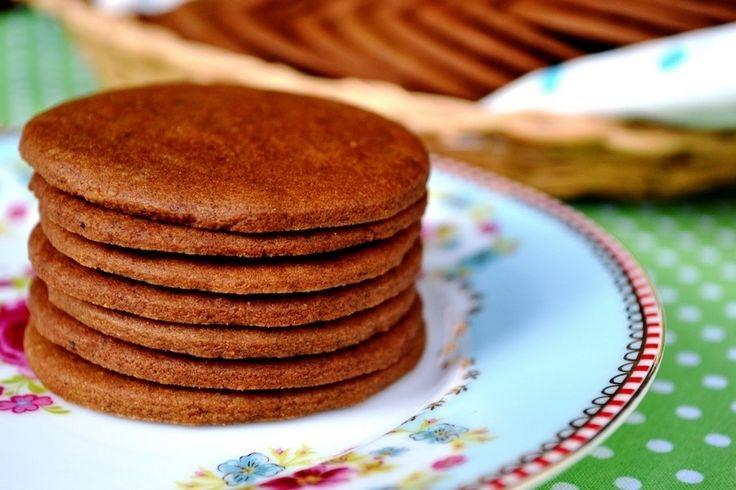 Ebben a bejegyzésben a svéd gyömbéres keksz receptjét és elkészítését…