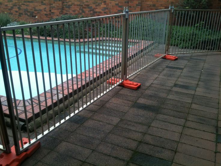 Hire Temporary Pool Fencing in Sydney, Australia  #temporarypoolfencehire #hiretemporarypoolfencing