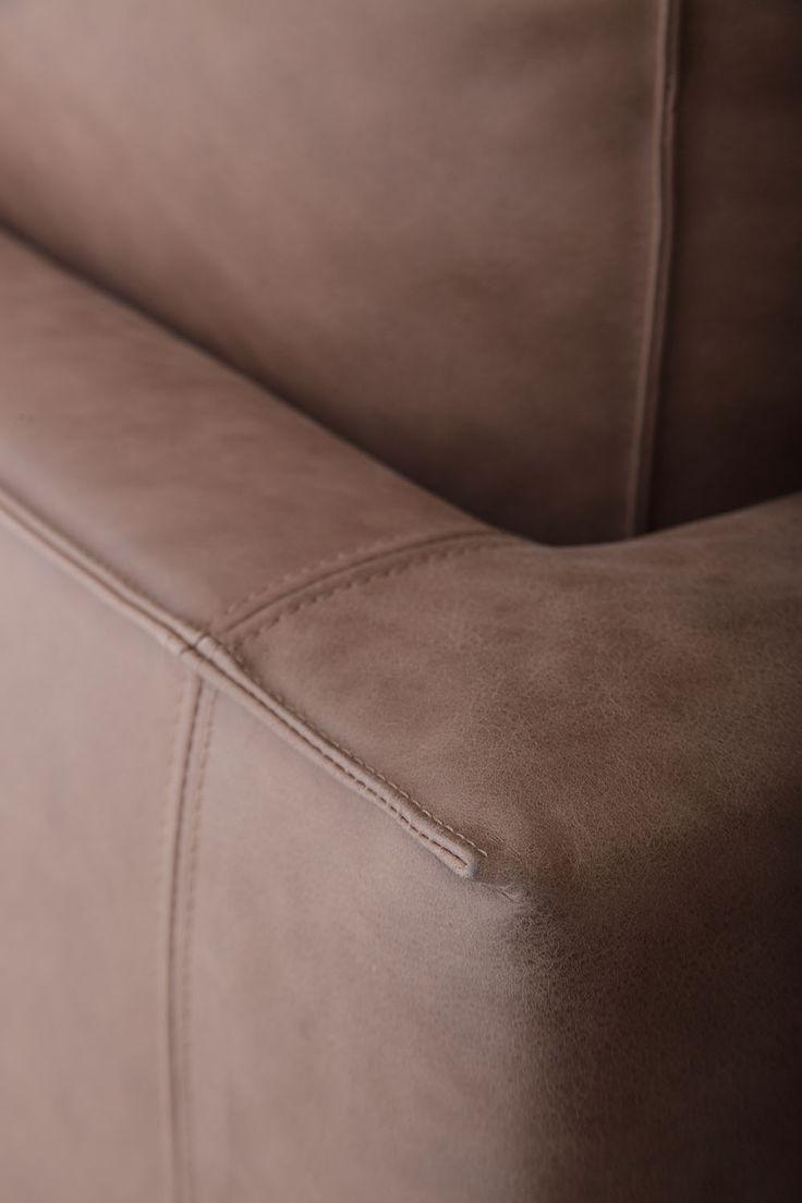 Doppelte Naht #Sofa aus Leder Ribot.