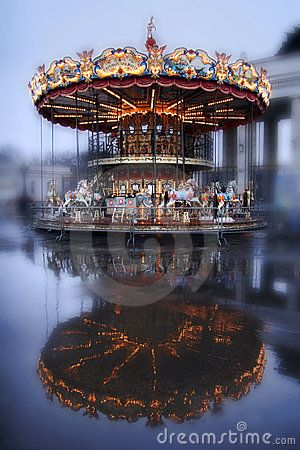 Brightly illuminated traditional carousel in Moscow. Russia. Photo by Juliasha.