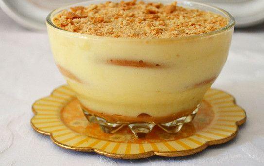 Receita de Leite Creme com Bolacha - http://www.receitasja.com/receita-de-leite-creme-com-bolacha/