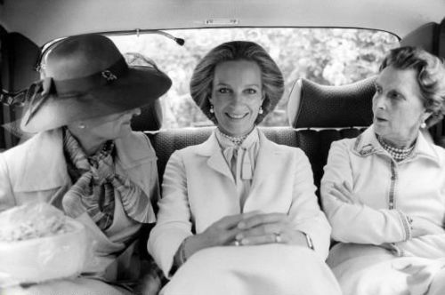 Marie-Christine von Reibnitz on her civil wedding day, Vienna on 30 June 1978. Here she is pictured together with her husband's aunt Princess Olga of Yugoslavia (right) and her mother Countess Marianne Szapáry von Muraszombath (left).