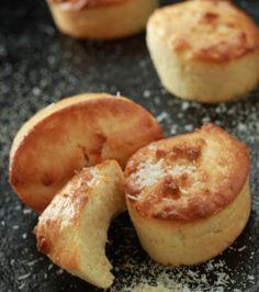 Κέικ με σιμιγδάλι και καρύδα | Γιάννης Λουκάκος