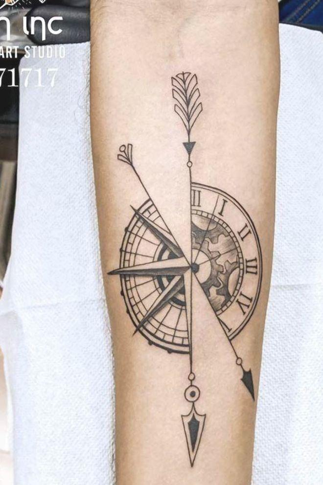 Half Clock Half Compass Tattoo Idea Compasstattoo Clocktattoo Simple And Interesting Arrow Tattoo Design Id In 2020 Arrow Tattoo Design Compass Tattoo Arrow Tattoo