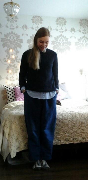 Shirt; Ralph Lauren, Pullover; Mango, Pants; Samuji, Bow; H, Socks; Marimekko