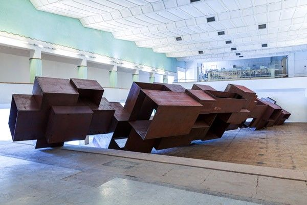 Antony Gormley VESSEL. Galleria Continua San Gimignano, 2012. Photo by: Ela Bialkowska. Courtesy Galleria Continua San Gimignano / Beijing / Les Moulins / Habana; © The Artist