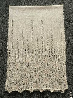 "Laceschal ""Panna Frost Flower"" von foldi-knit - freie Download-Anleitung (engl)"