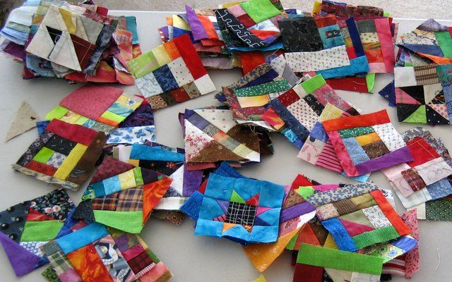 Quiltville's Quips & Snips - Crumb Quilt - using your smallest scraps to make 3.5 inch blocks