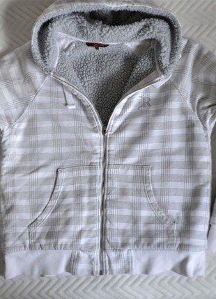 Kup mój przedmiot na #vintedpl http://www.vinted.pl/damska-odziez/bluzy/18064494-gruba-bluza-z-kapturem-ml-kratka-review