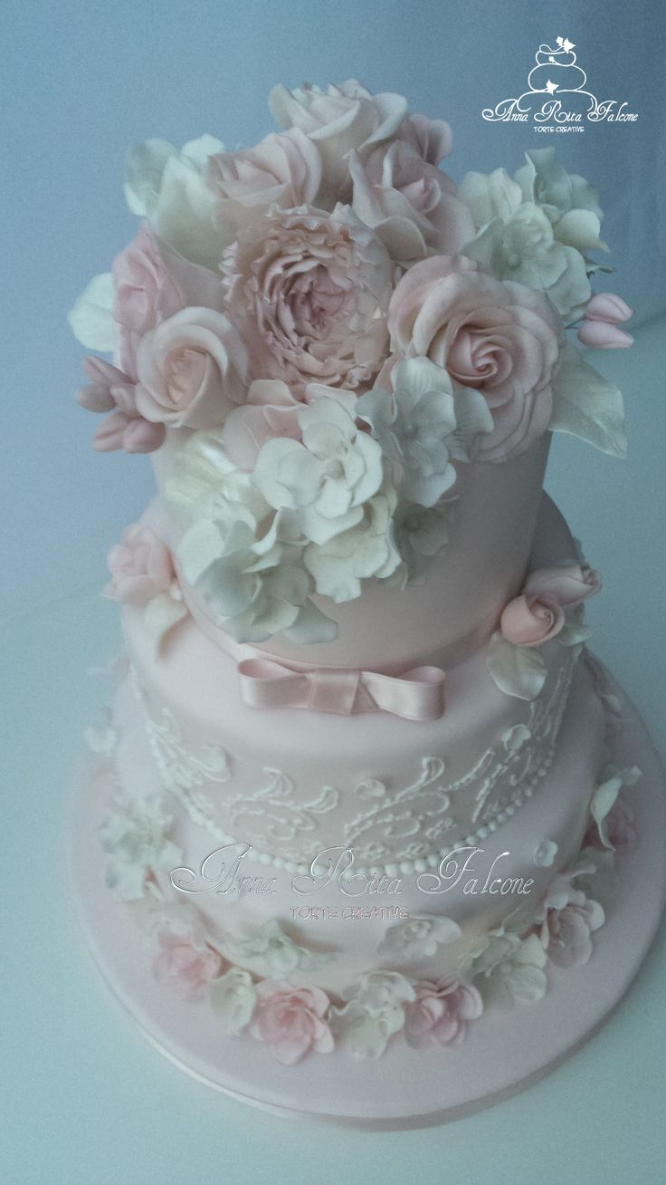 Wedding cake flower...