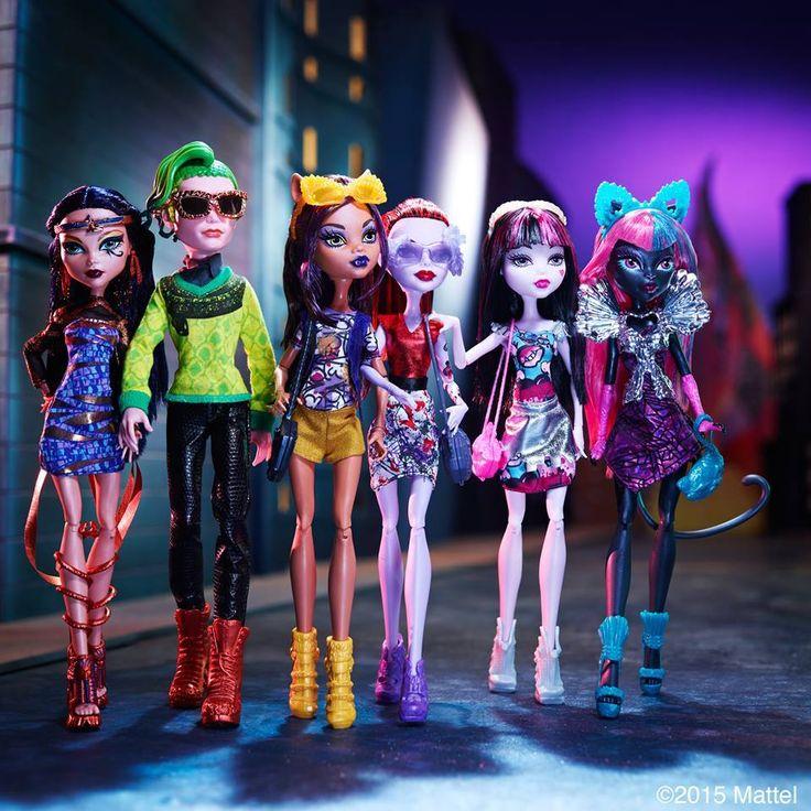 All about Monster High: Cleo, Deuce, Clawdeen, Operetta ...