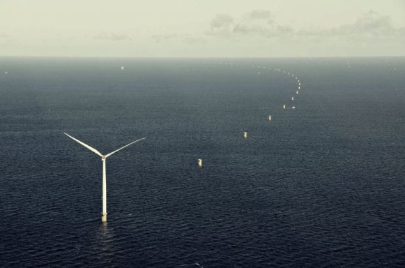 Cutting costs is paramount for the offshore wind industry – as well as for the climate. The cheaper the technology becomes, the more green offshore wind capacity will see the light of day. A record-low price on the Dutch wind farm Borssele 1+2 marks a breakthrough for offshore wind costs.