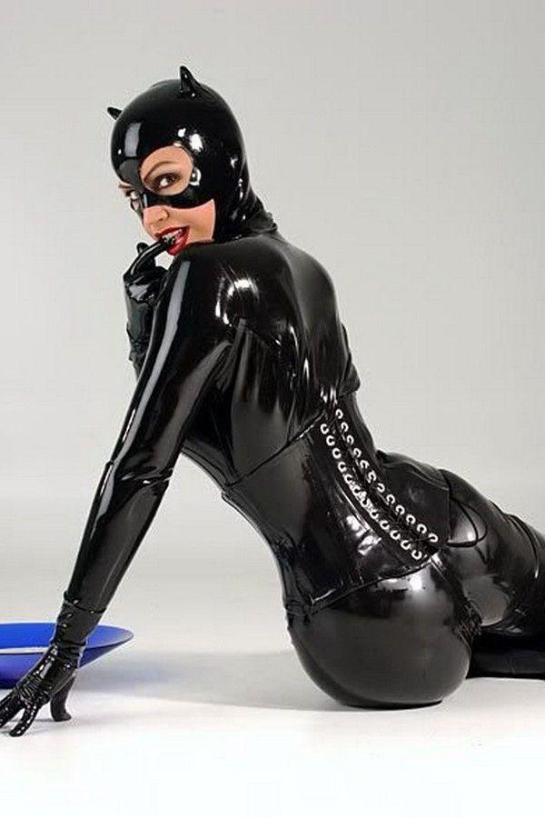 partytreff diepholz catwoman kostüm latex