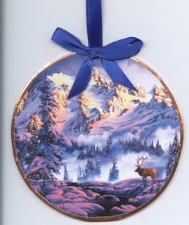 crafts made from cds | Ornament made from old CDs and Christmas cards. | CD CRAFTS