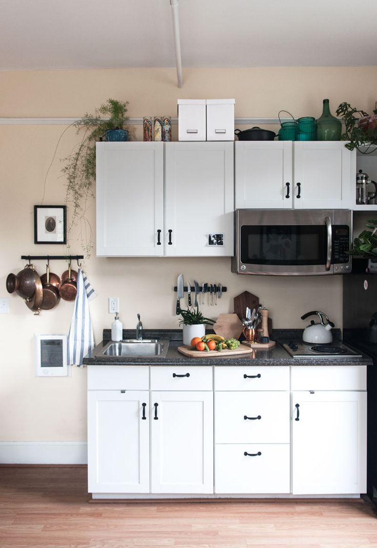 Cute, Compact Ideas For Small Apartment Kitchen// Hotel Turned Beautiful,  Efficient Apartment In Portland