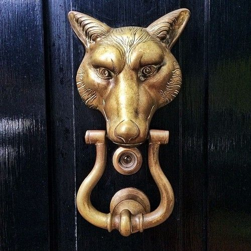 agentlemanathomeandabroad: Our own door knockers are very nice too. We have a twin set of vintage horse heads from Virginia Metalcrafters. & 373 best Knockers images on Pinterest | Door handles Door knobs ... Pezcame.Com