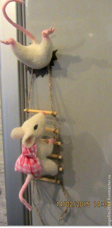 """Купить Магнит - прикол """"Мышарики"""" - мышь, магнит на холодильник, магнит, мышь игрушка, кардочес, холодильник"""