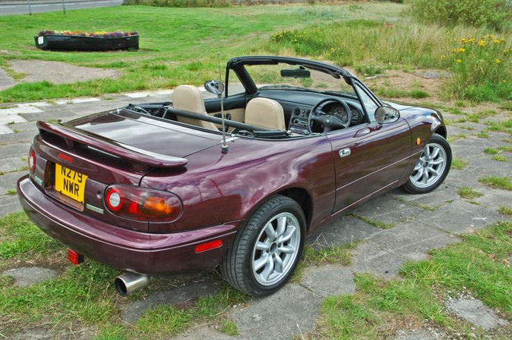 Mazda MX5, Eunos & RX7 for sale: New Import: Eunos VR-Ltd 1.8 - Wine Red