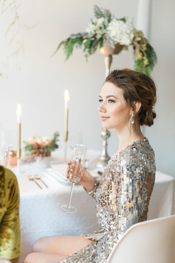 Dress to impress on NYE: http://www.stylemepretty.com/living/2016/12/27/how-to-make-your-party-and-yourself-sparkle-this-new-years-eve/ Photography: Blue Rose - http://www.bluerosepictures.com/