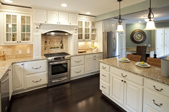 Cabinets By Diamond Door Style Crandall Maple Finish Toasted Almond On Coconut Venetian Gold Granite Countertop