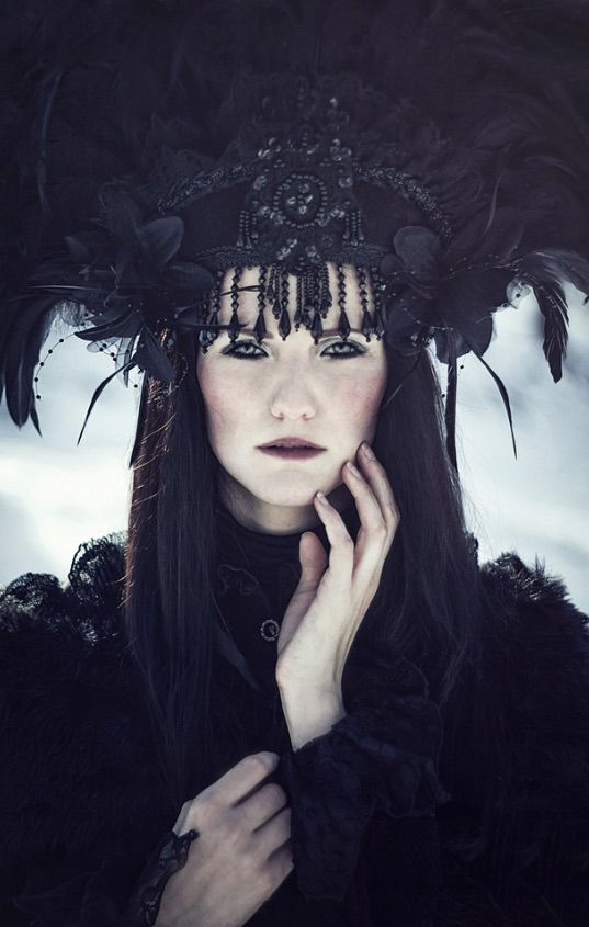 Fabulous photography by Liancary Photography by Lia Konrad.