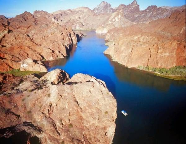 Topock Gorge on Colorado River, near Lake Havasu City, Arizona, USA