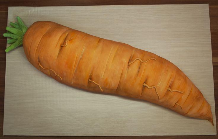 Mrkvový dort ve tvaru mrkve. Carrot Cake like Carrot.