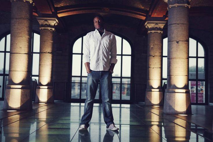 """Ce clip est une vraie perle! Mike Shining artiste Rap Belge, a choisi de vous parler de son histoire le temps du titre """"Où je vais"""" déjà disponible en téléchargement gratuit via son site web officiel.   https://www.youtube.com/watch?v=1gJFqO6Ber8"""