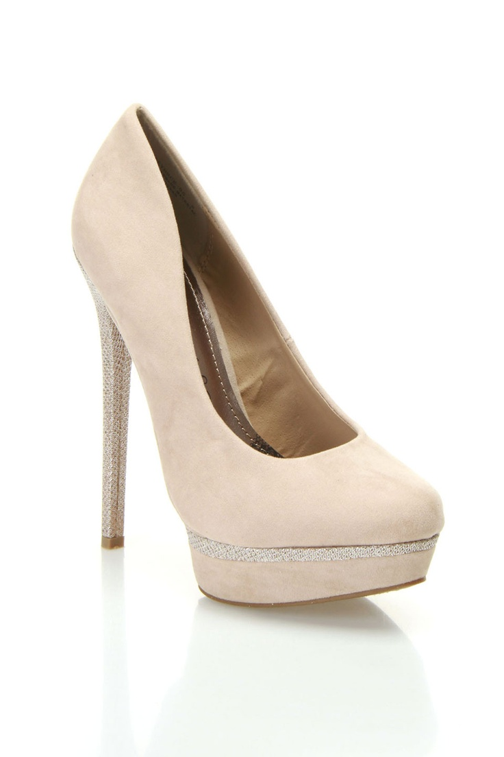 bamboo beyonce 05 pumps in nude the silver diamonds on tje front!!